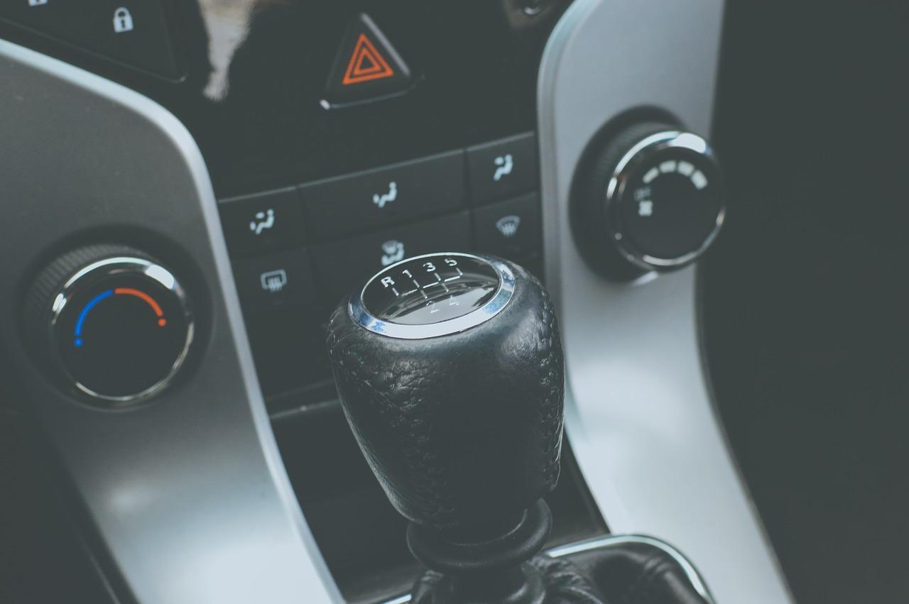 skrzynia biegów auto