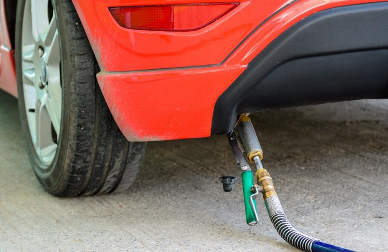 Ile kosztuje OC dla samochodu na gaz?