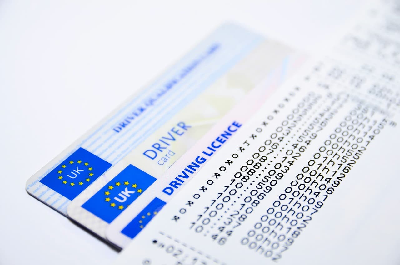 Co zrobić, gdy zgubisz dokumenty: ubezpieczenie OC, prawo jazdy, dowód rejestracyjny lub kartę pojazdu?