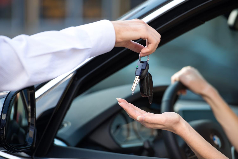 umowa użyczenia pojazdu autoumowa